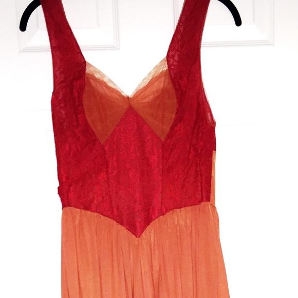 cb1c100518f Rogers Vintage Intimates   Sleepwear